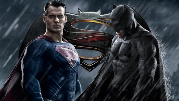 Batman v Superman'dan Nefes Kesici Video!