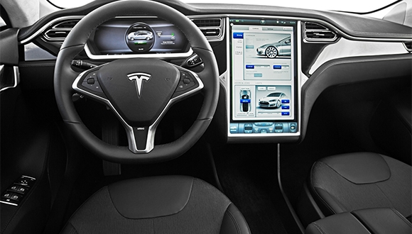 Tüm Tesla otomobilleri otonom oluyor