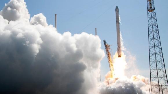 SpaceX Roketinin Patlama Sebebi Açıklandı