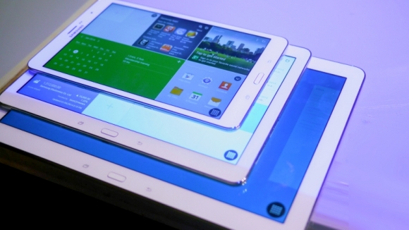 Samsung'dan 18 inç Ekranlı Dev Tablet!