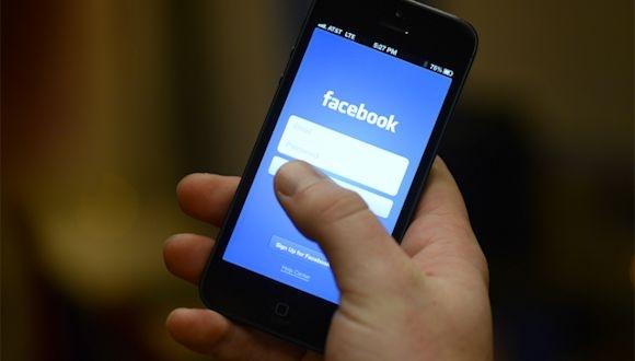 Facebook iOS Arayüzü Güncellendi