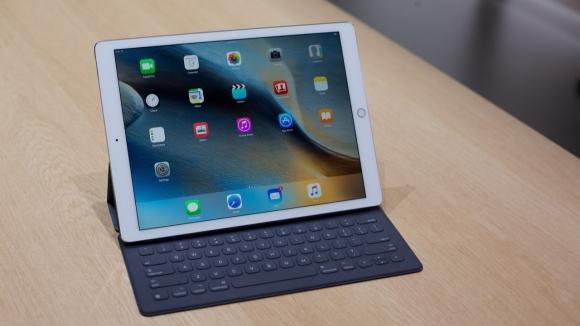 iPad Pro'ya Ücretsiz Office Yok!