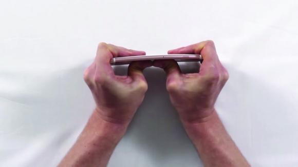 İşte iPhone 6s Plus Bükülme Testi!
