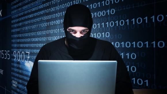 Kullanıcılar Hacker'lardan Çekinmiyor
