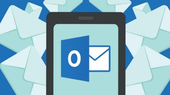 Outlook.com'a Sosyal Özellikler Geliyor