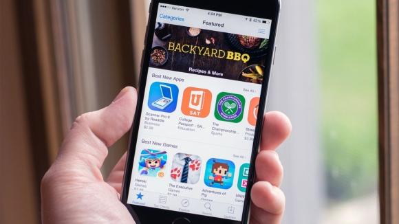 Apple'a, App Store için tekel davası!