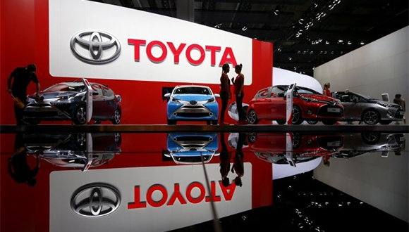 Toyota'dan Sürücüsüz Araç Açıklaması!