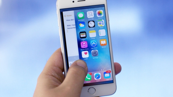 Apple, Samsung'dan Vazgeçiyor!