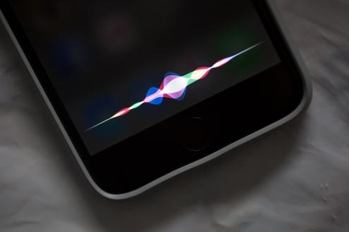 Siri'den Apple Music Ambargosu