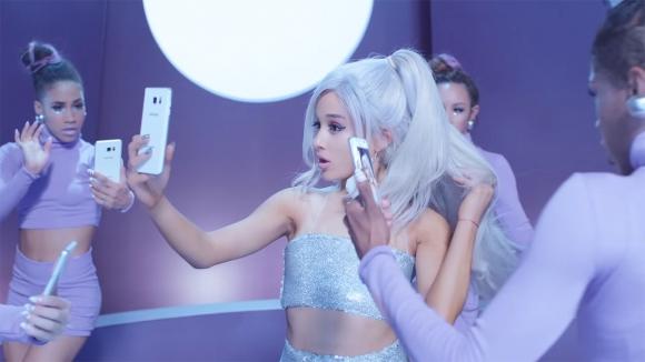 Galaxy Note 5, Ariana Grande Klibinde!