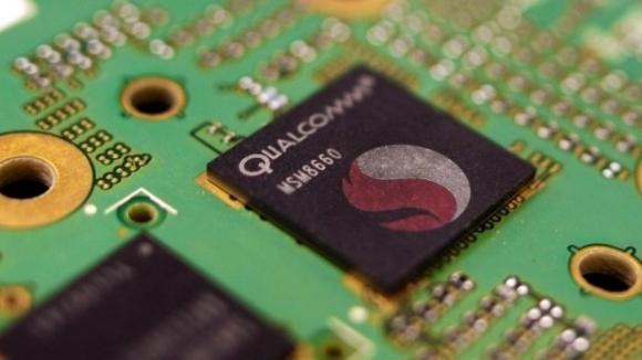 Microsoft'tan Snapdragon 820 Atağı!