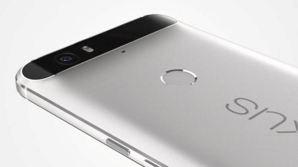 Nexus 6P Arka Camı Kırılıyor!