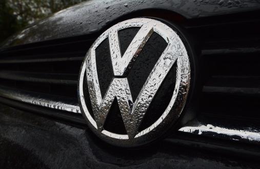 FBI, VW yöneticisini tutukladı!