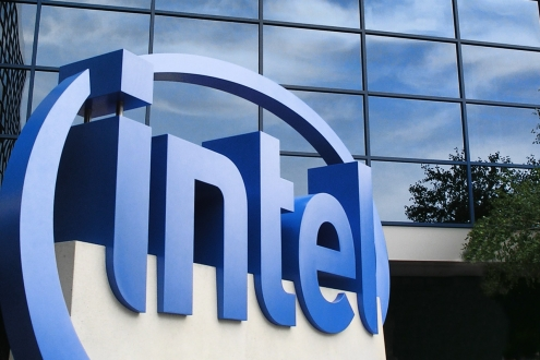 Intel 10 Çekirdekli İşlemci Üretiyor!