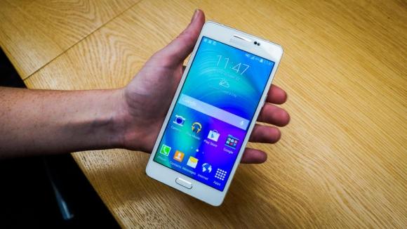 Samsung Galaxy A3 ve A5 Yeniden Sızdı!