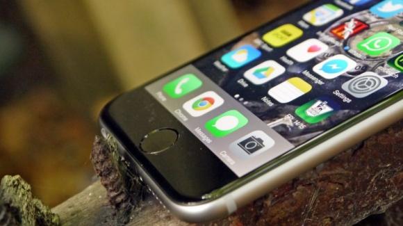 3GB RAM'li ve Su Geçirmez iPhone!