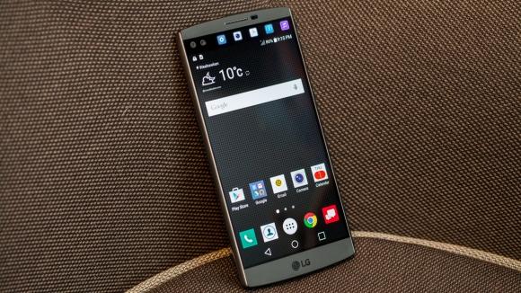 LG V10 Kutusundan Çıkıyor