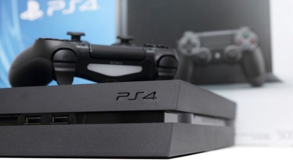 PlayStation 4 Ne Kadar Sattı?