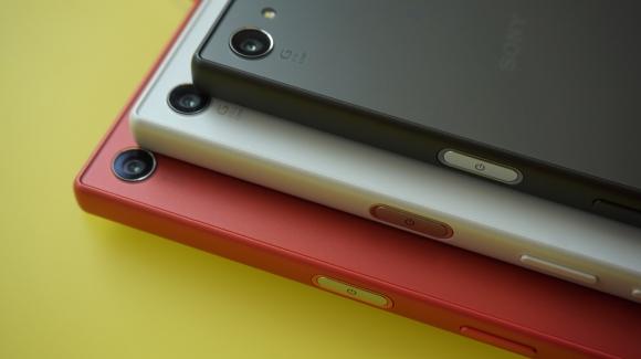 Xperia Z5 Compact Kutusundan Çıkıyor