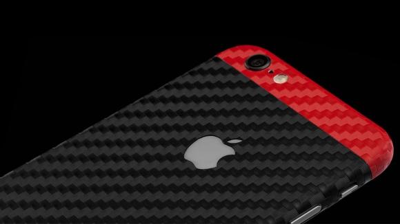 iPhone'a Renk Katın!