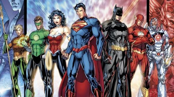 DC Evreninden İki Oyun Geliyor!