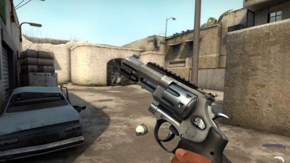 CS: GO'daki R8 Revolver Krizi Çözüldü!