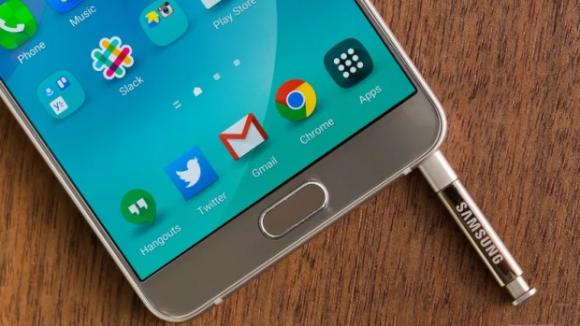 Samsung Android 6.0 Güncellemesini Erteledi!