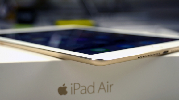 iPad Air 3 Smart Connector ile Gelebilir