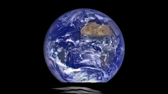 NASA'dan Muhteşem Dünya Görseli!