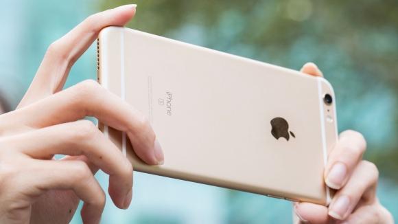 iPhone'un Kamerası için 800 Kişi Çalışıyor!