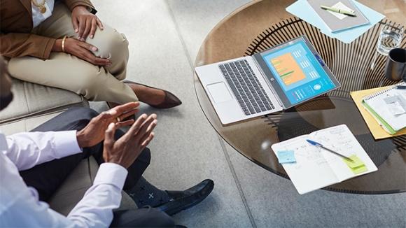 HP, CES 16'da Yeni Laptoplarını Tanıttı