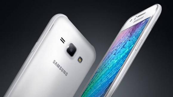 Samsung Galaxy J1 Görselleri Sızdırıldı