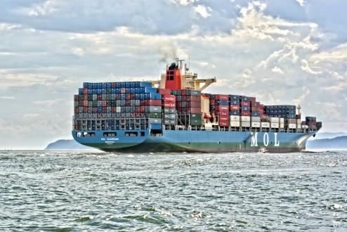 Amazon Denizde Kargo Taşıyacak!