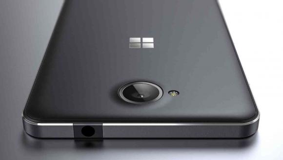 Microsoft Lumia 650 Bütçe Dostu Olacak