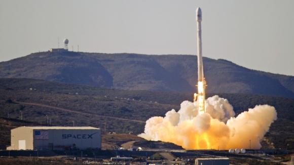 Falcon 9 İnfilak Etti!