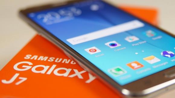 Galaxy J7 Özellikleri Ortaya Çıktı