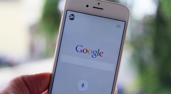 Google, Apple'da Yer Almak için Servet Ödedi!