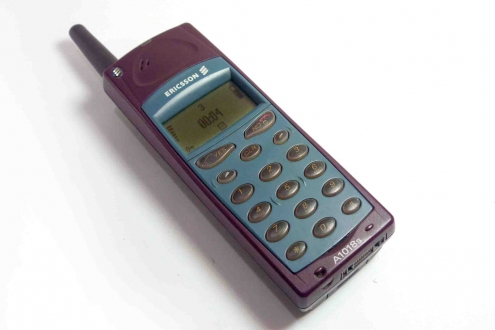 Ericsson A1018s Kutusundan Çıkıyor