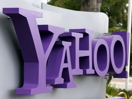 Ünlü Milyarder Yahoo'ya Talip!