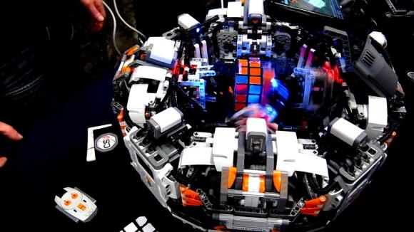 Rubik Küpü 1 Saniyede Çözdü!