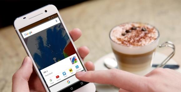 Beyaz HTC One M10 Sızdırıldı!