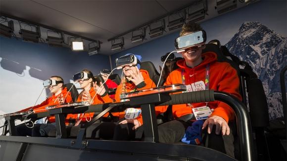 Samsung, Gear VR ile İlke İmza Attı