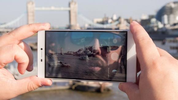 Huawei Kameraları Daha İyi Olacak