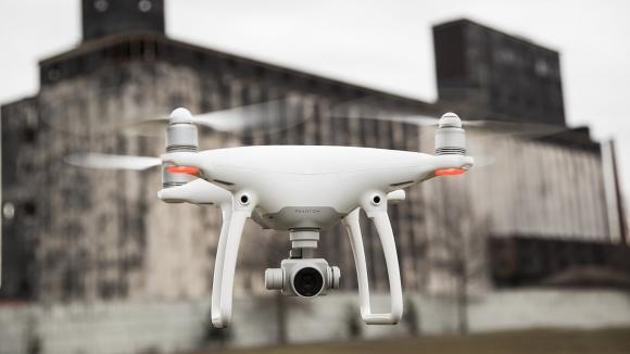 Akıllı Drone DJI Phantom 4 Tanıtıldı!
