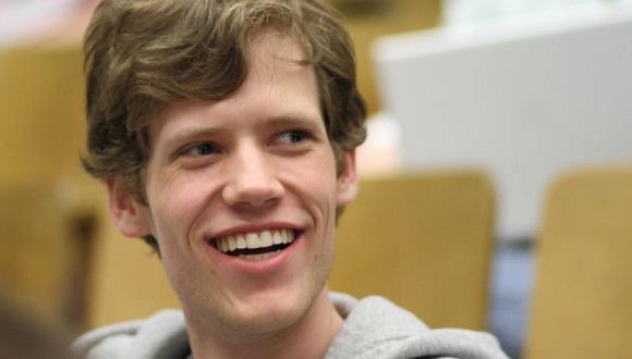 Google, 4Chan Kurucusunu İşe Aldı