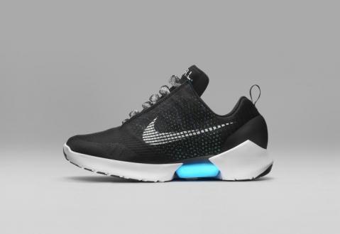Nike, Otomatik Bağcıklı Ayakkabıyı Tanıttı
