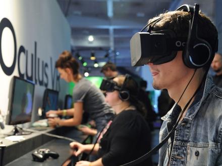 Oculus Rift Kullanıcılara Sunuluyor!