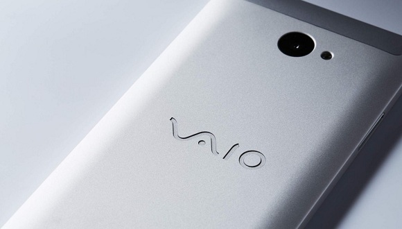 Windows 10'lu VAIO Phone Biz Satışta!