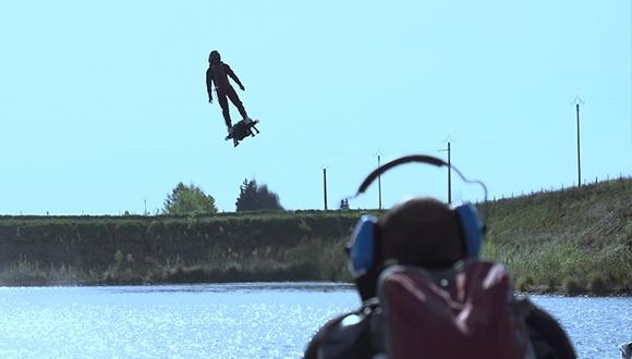 Hoverboard ile Dünya Rekoru Kırdılar!