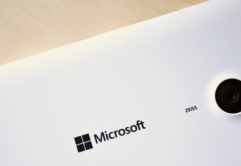 Microsoft'tan Dokunmadan Algılayan Ekran!